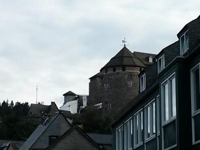 Die Burg.