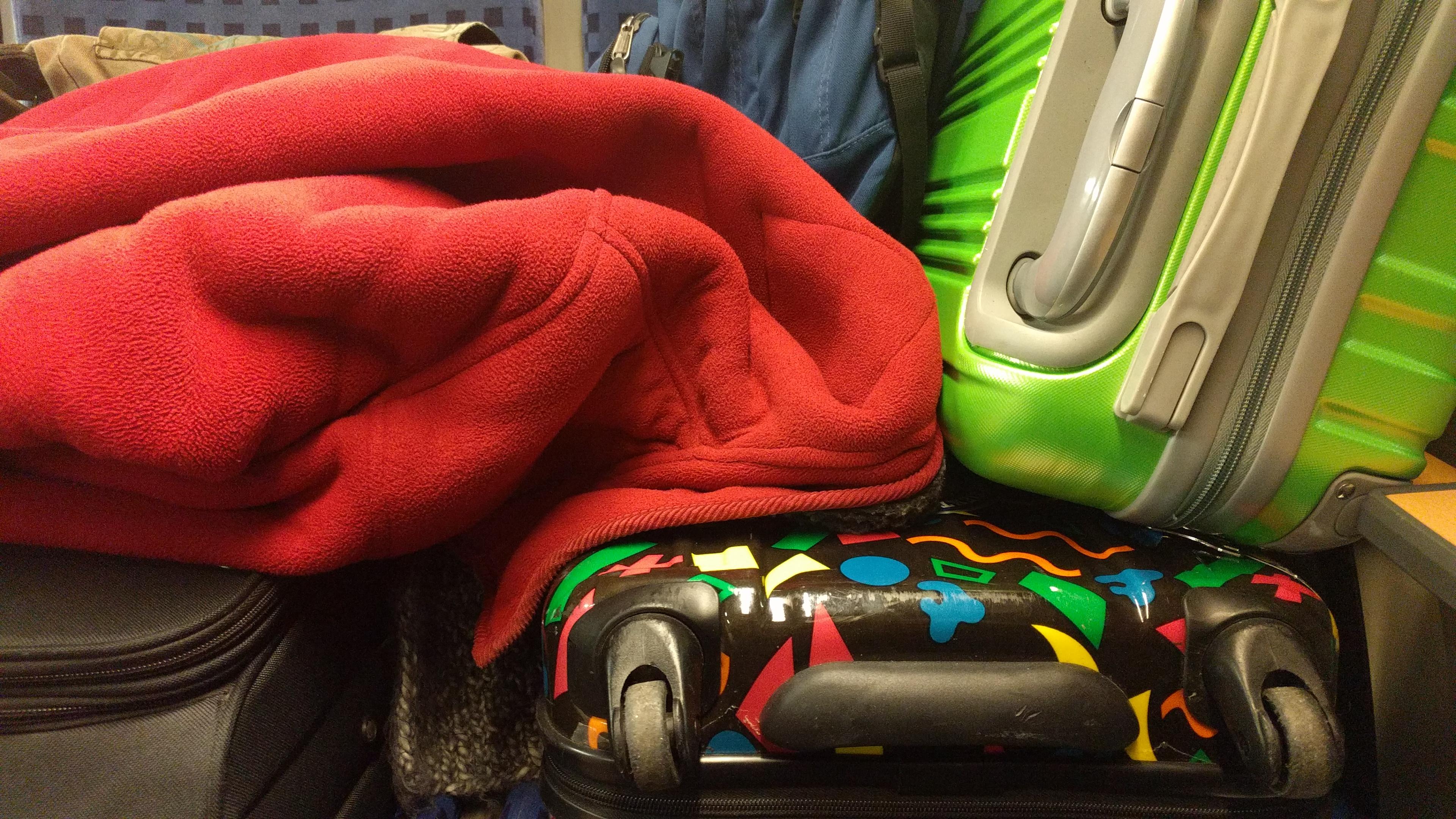 Gepäck im RE auf den Sitzplätzen