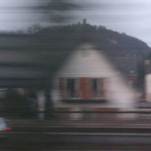 Im Zug am Drachenfels vorbei ...