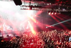 """Die Toten Hosen in Buenos Aires: in der Konzerthalle """"Estadio Obras Sanitarias"""" (1)"""
