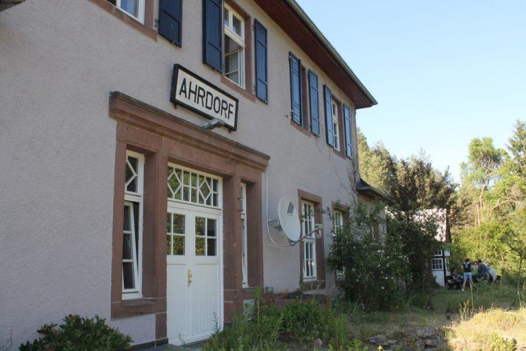 Der Bahnhof Ahrdorf.