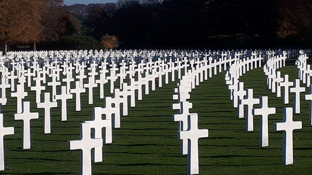 Am Vortag des Volkstrauertages 2018 auf dem amerikanischen Friedhof bei Henri Chapelle (Belgien). / Foto: Sabine Kirrmann