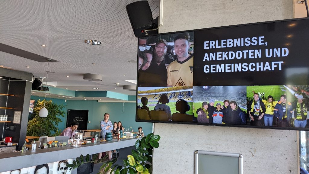 """18. Juni 2021: Vorstellung der """"Fußballfibel Alemannia Aachen"""" im Klömpchensklub, Tivoli, Aachen."""