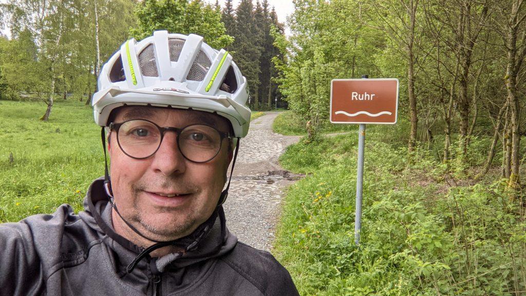 Erste Ruhrüberquerung kurz hinter der Quelle.