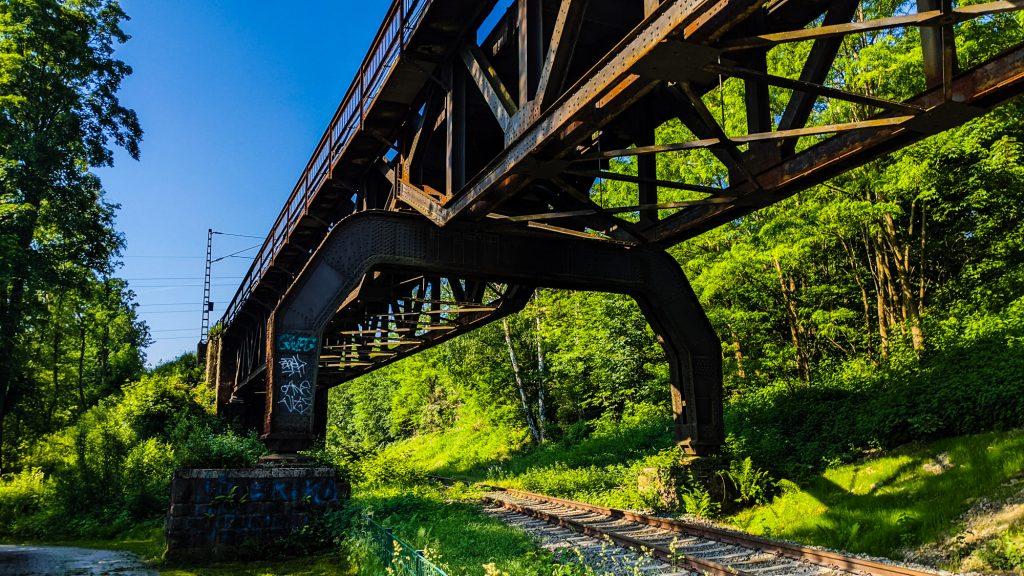 Bahnstrecke als Industriekultur.
